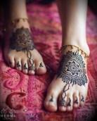 10.мехенди на ноге фото