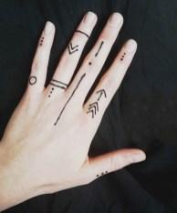 08.мехенди на руке лёгкие рисунки для начинающих