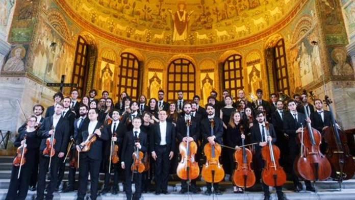 Paolo Olmi con la Young Musicians European Orchestra