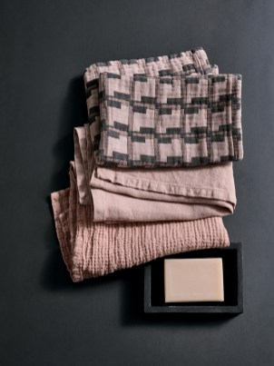 FW-19-20-SOCIETY-LIMONTA-_-VERBENA-BATH-TOWELS
