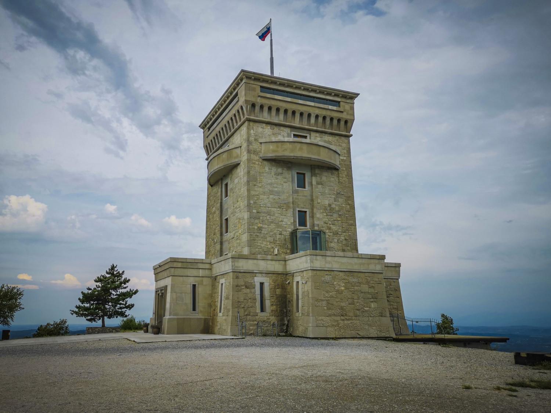 Il Monumento alla Pace di Cerje