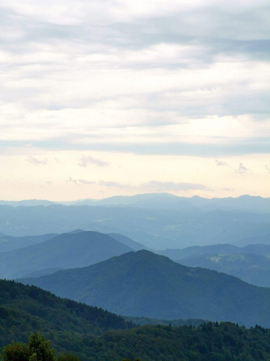 Panorama sulle Valli dal Rifugio Pelizzo