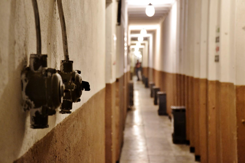 Un corridoio del bunker