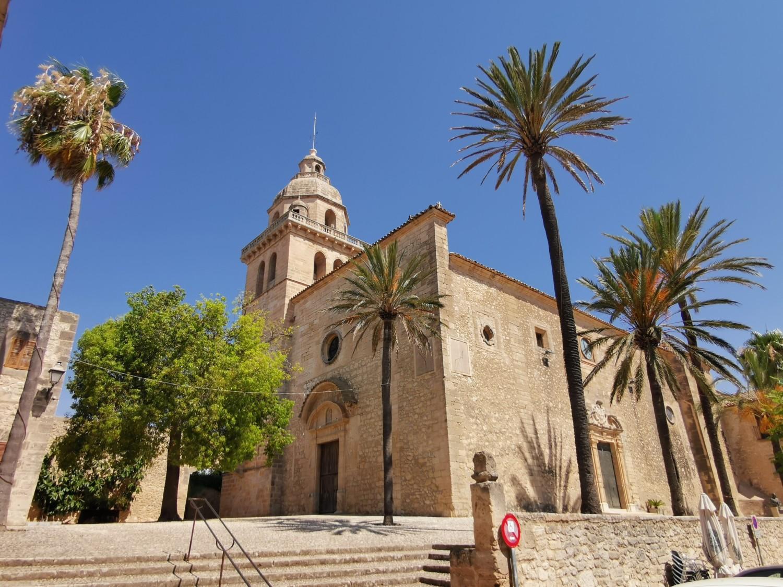 La cattedrale di Montouiri
