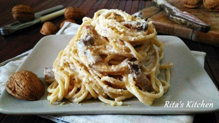 spaghetti alla crema di noci