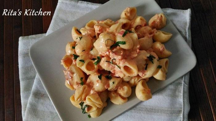 pasta fredda alla crema di peperoni