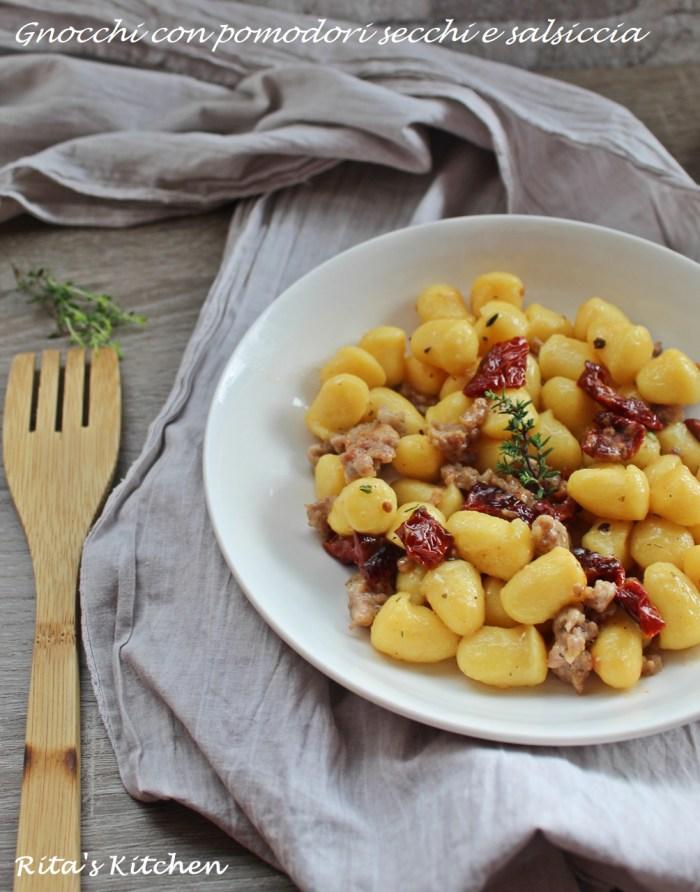 gnocchi con pomodori secchi e salsiccia