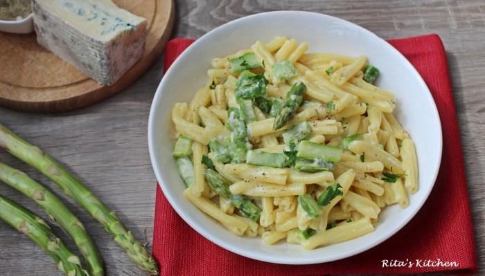 casarecce al gorgonzola e asparagi