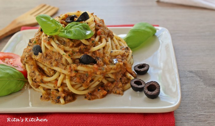 spaghetti al pesto rosso