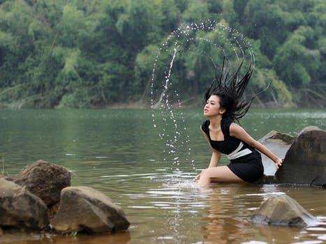 women-modeling-style-skin.jpg