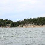 Felseninsel mit Ferienhäusern