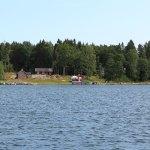 Ufer einer Insel in den Schären nördlich von Stockholm
