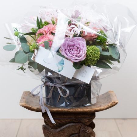 Sezoninės gėlės dėžutėje (įpakuotos)