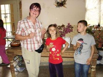 Die Jungen Naturforscher am Kräuterhang im Mai 2015