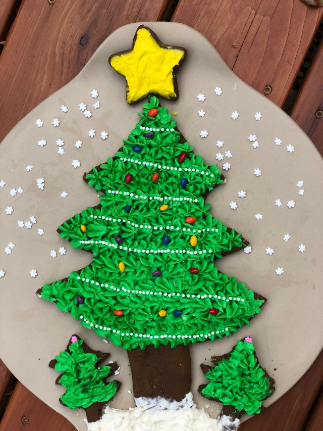 Decorated gingerbread christmas tree scene