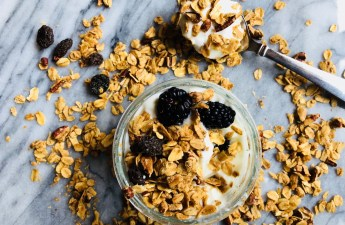Raisin and Pecan Granola