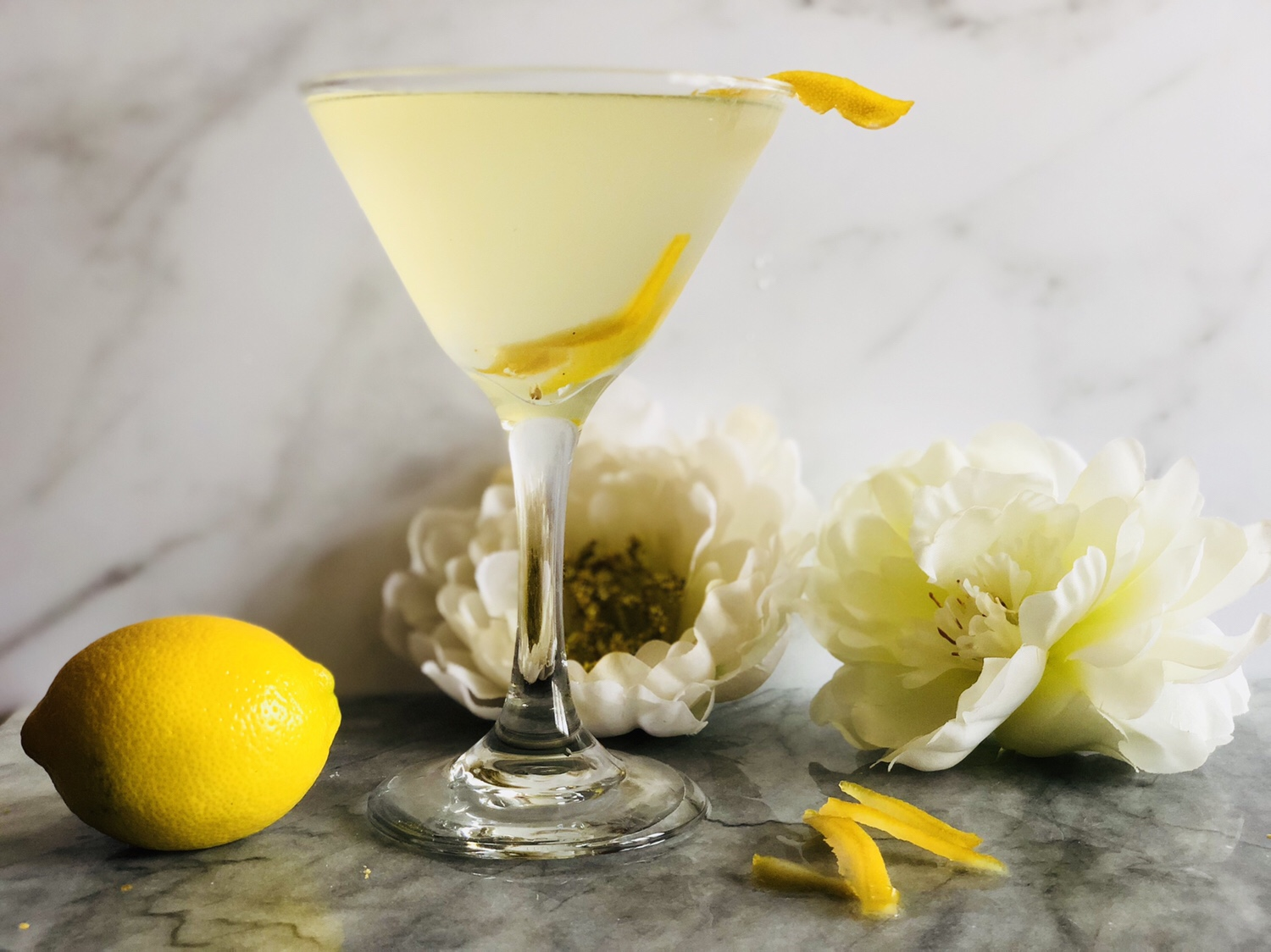Lemon Eldflower Martini inspired by Meghan Markle and Prince Harry