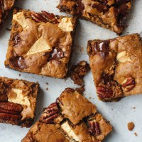 Chocolate Oatmeal Crackle Bars