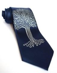 LOTR Tree Tie