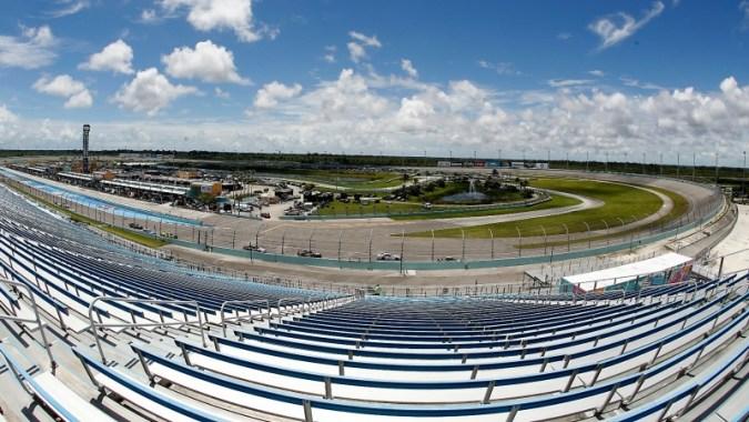 NASCAR 레이스는 오늘 몇시에 시작합니까?  TV 일정, 홈스테드 레이스 채널