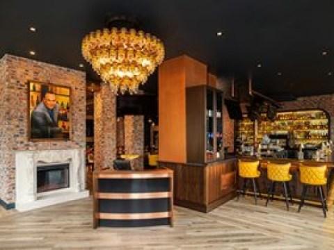 Taffer's Tavern เปิดตัวระบบล็อกเกอร์แบบไร้สัมผัสผ่านผนังร่วมกับ Carter-Hoffmann และ Perfect Company