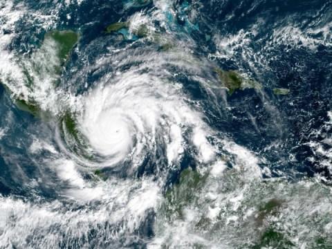 ฤดูพายุเฮอริเคน 2021: นานแค่ไหนและจะเกิดอะไรขึ้น