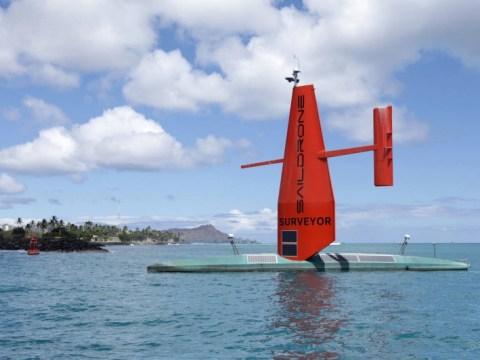 인간이 없는 AI 구동 Saildrone Surveyor 우주선이 SF에서 하와이로 막 도착했습니다.