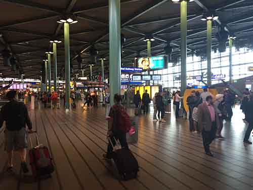 Pictures can't really do justice to the vibe I got from Schipol