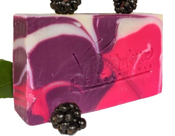 black raspberry vanilla beer side image