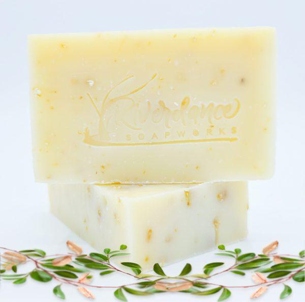 Tea Tree Mint and Oat soap bar product image