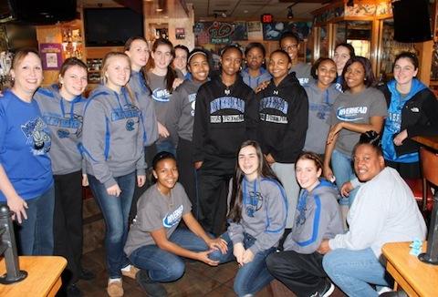 2013 0114 girls basketball breakfast