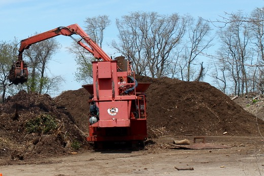 Free mulch available at town's yard waste facility
