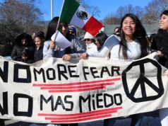 march-supporting-undocumented-immigrants
