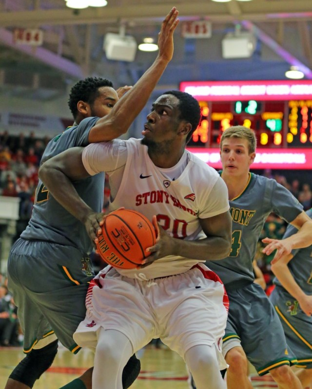 Forward Jameel Warney goes up for a shot during the second half of Stony Brook's  win Sunday. (Credit: Daniel De Mato)