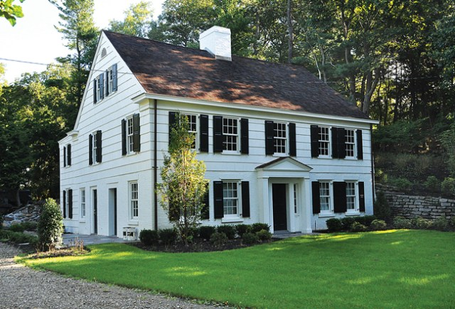 The Town of Brookhaven recently used $232,000 in grants to renovate the exterior of the Woodhull House in Shoreham. It hopes to receive additional funding to restore the structure's interior. (Credit: Rachel Young)
