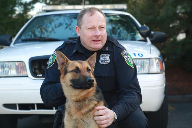 Titan Riverhead Police