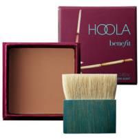 http://www.sephora.fr/Maquillage/Maquillage-Soleil/Poudres-de-Soleil/Hoola-Poudre-Soleil/P2551