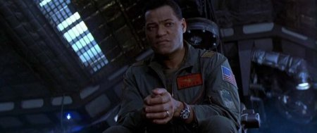 event-horizon-lawrence-fishburne1