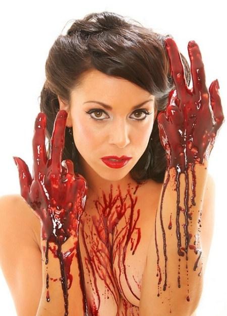 emily_booth_horror_naked