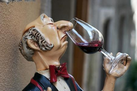 snooty-wine-sniffer-in-portugal-carl-purcell