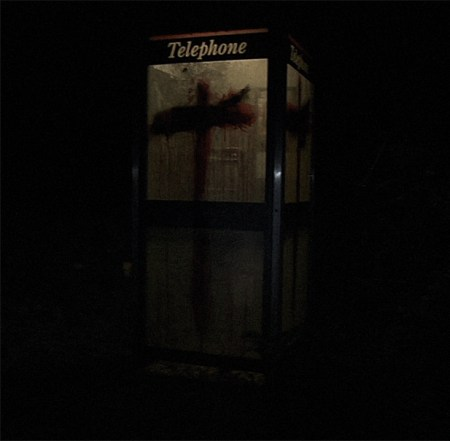 Bloody-phonebox-4