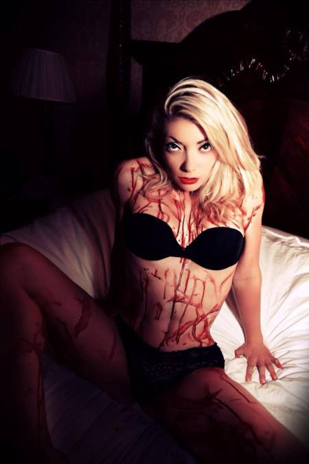 Diane_Foster_Scream_Queen (29)