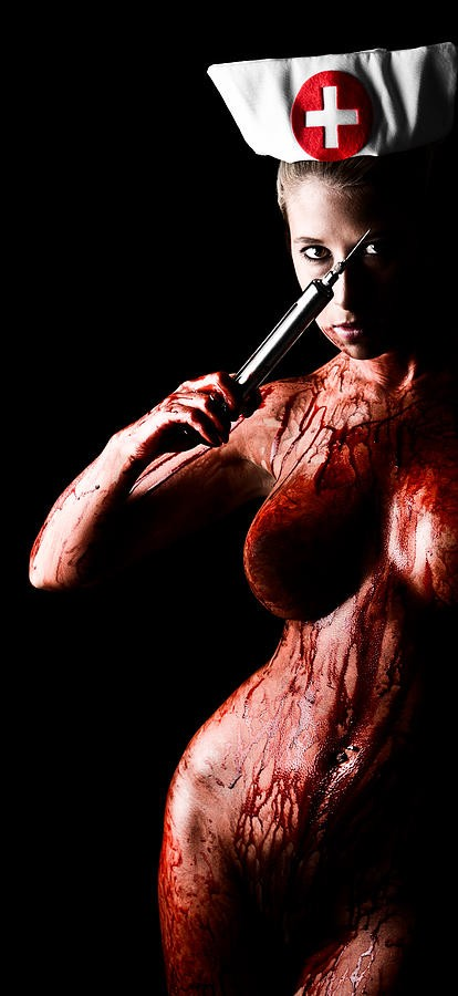 bloody-nurse-2-jt-photodesign