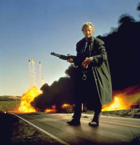 hitcher-der-highway-killer-rutger-hauer-5-rcm0x1920u