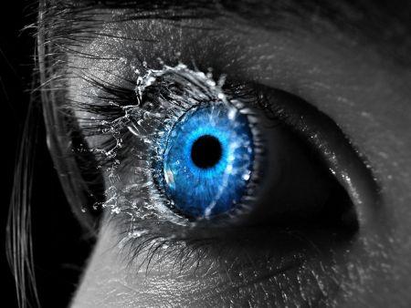 blue-eyes-art-54a367b42b975