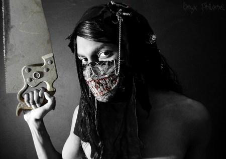 my_bone_saw_by_onyx_philomel-d6eaba7