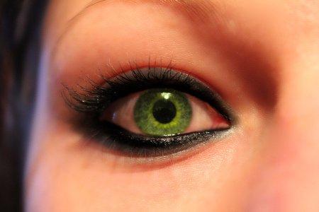 beautiful_eyes_1_by_jakesidsmith-d36aqzn