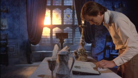 from-beyond-the-grave-amicus-review (8)