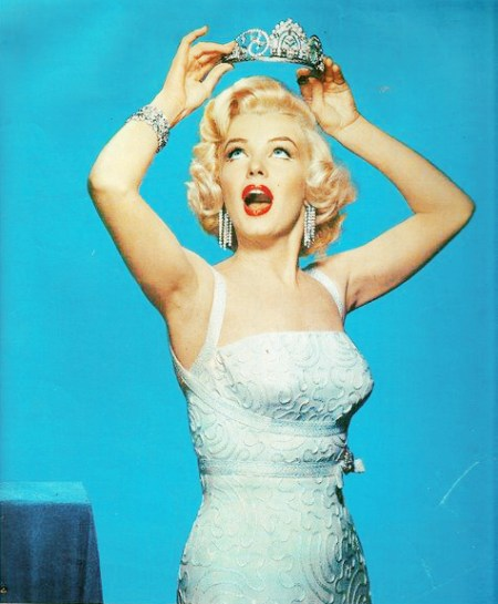 Gentlemen-Prefer-Blondes-gentlemen-prefer-blondes-30687700-475-575