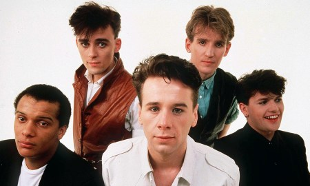 SIMPLE MINDS WITH JIM KERR - 1985
